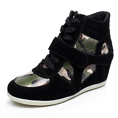 Mesh Green Stripe Sneakers - 1