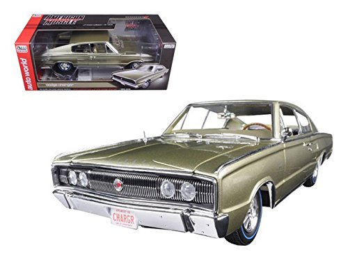 1966 Dodge Charger Hemi 426 Citron Gold Metallic 50th Anniversary Limited Edition to 1002pcs 1/18 by Autoworld AMM1067 ()