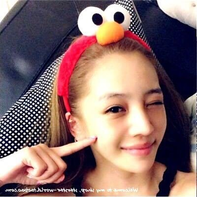 William Chan Sesame Street with Elmo paragraph Funny wash hair bands head bangs cute girl with big eyes for women girl lady]()