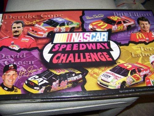 - NASCAR SPEEDWAY CHALLENGE BOARD GAME