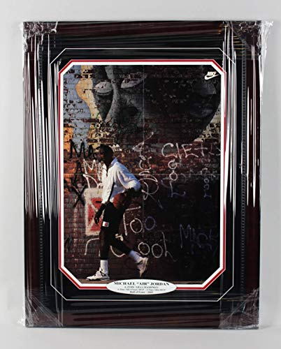 Michael Jordan Signed Display - Michael Jordan Signed Poster Display Bulls – COA JSA
