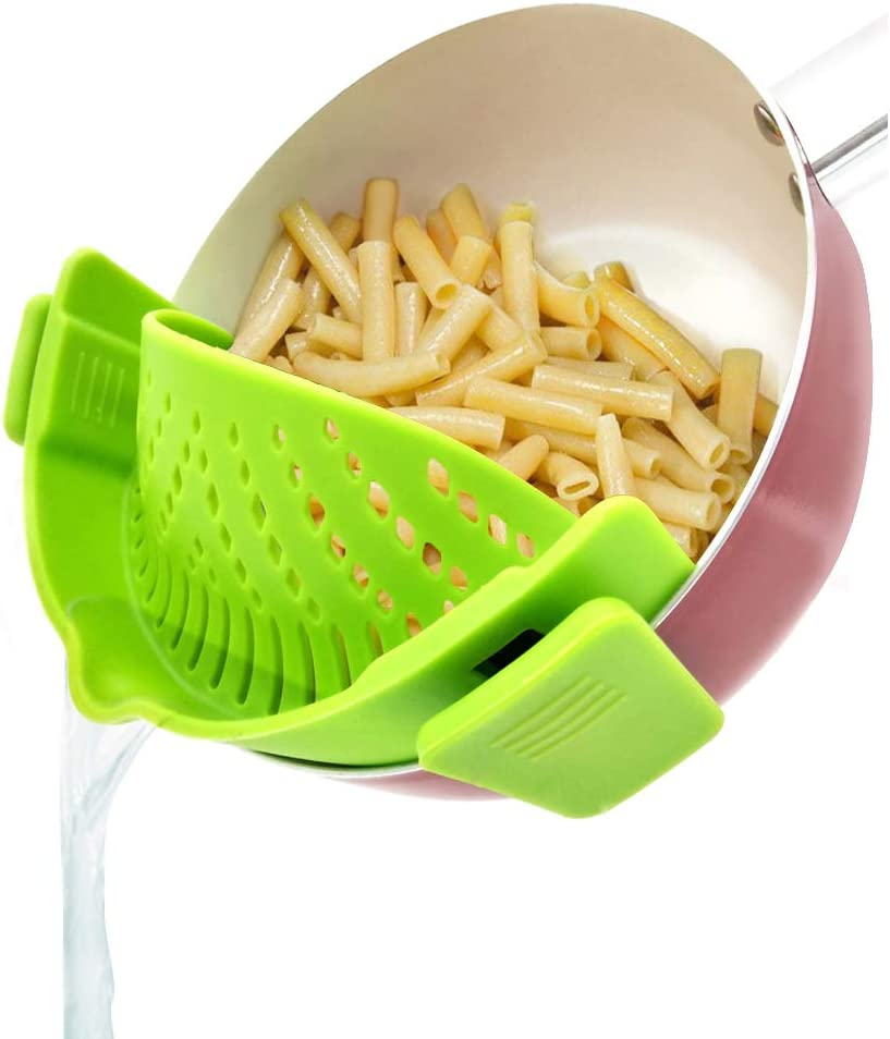 YEVIOR Clip on Strainer for Pots Pan Pasta Strainer, Silicone Food Strainer Hands-Free Pan Strainer, Clip-on Kitchen Food Strainer for Spaghetti, Pasta, Ground Beef Fits All Bowls and Pots - Green
