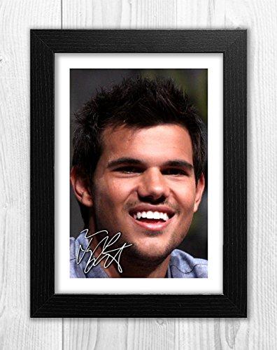 Engravia Digital Taylor Lautner 1 SP - Signed Autograph Reproduction Photo A4 Print(Black frame)