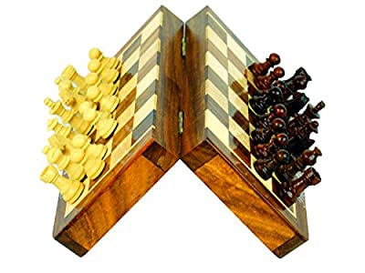 High Quality Deluxe 7 Inches Travel Magnetic Handcrafted Wooden Chess Board with Wood Chess Pieces
