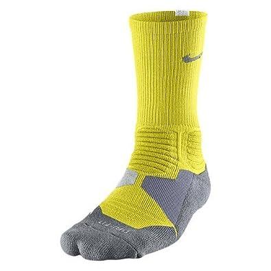 Amazon.com: Nike Hyper Elite acolchado calcetines largos de ...