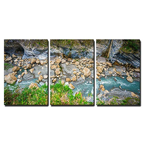 Taroko National Park with River and Rock in Taiwan x3 Panels