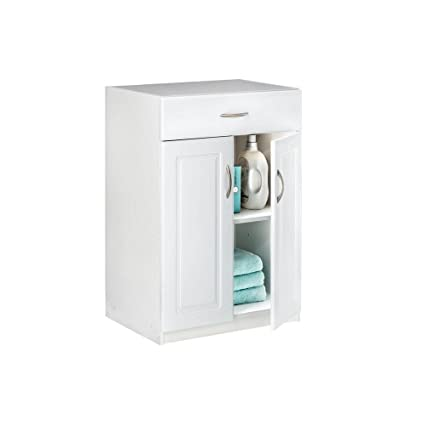 24 In. Freestanding Raised Panel Base Cabinet With 1 Drawer And 2 Door
