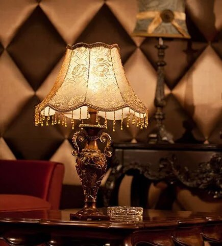 Royal-European vintage lace cozy bedroom lamp of luxury living room bedside lamp Nordic by Table lamp 208 (Image #4)