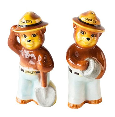 (One Hundred 80 Degrees Smokey the Bear Replica Vintage-Style Salt and Pepper Shaker Set)