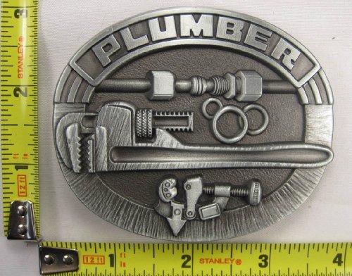 plumber-belt-buckle-handyman-work-plumbing-man