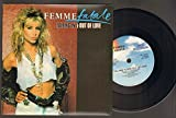 FEMME FATALE - FALLING IN AND OUT OF LOVE - 7 inch vinyl / 45