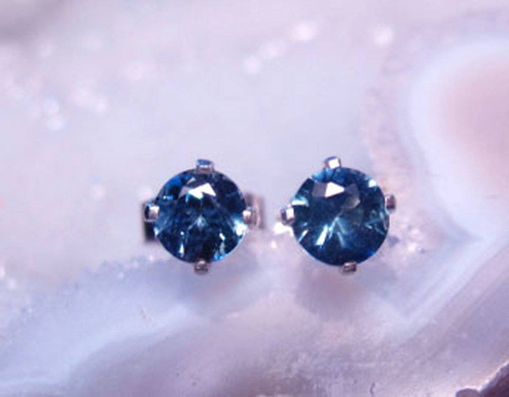 Montana Sapphire Round Stud Earrings Sterling Silver by Mac's Gems