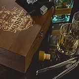 Premium Whiskey Gift Set - 8 Granite Chilling