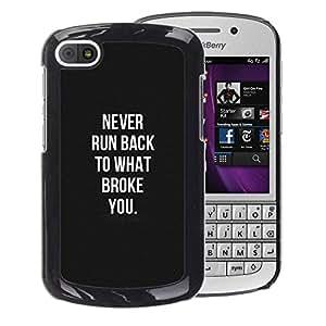 A-type Arte & diseño plástico duro Fundas Cover Cubre Hard Case Cover para BlackBerry Q10 (Violence Black White Remember Hurt)