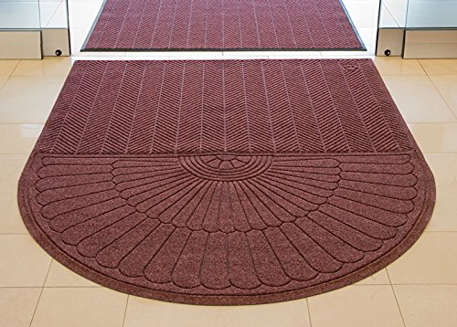 Waterhog Eco Grand Elite Half Oval One End Maroon 4' x 5.9' Floor Mat ()