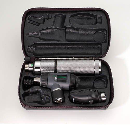 Medical World 3.5v Halogen Std Diagnostic Set Withmacroview OTO & Ophthal, 3 Pound