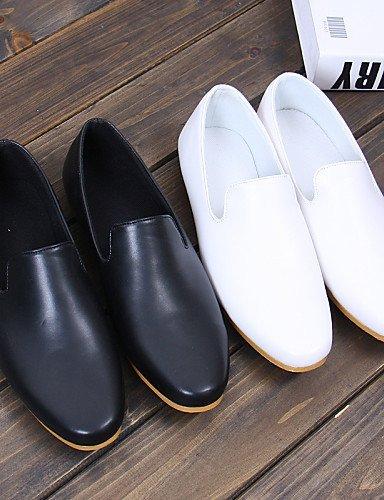 ShangYi Schuh Herrenschuhe Hochzeit / Büro / Party & Festivität Halbschuhe Kunstleder Schwarz / Weiß White