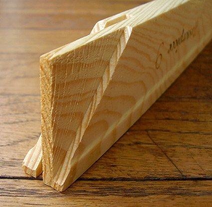 - Masterpiece Lightweight Stretcher Bar 32 inch length - single strip