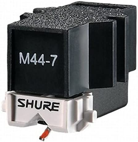 6. Shure M44-7: Easy to Set-up, Loud Output, Perfect for Scratching