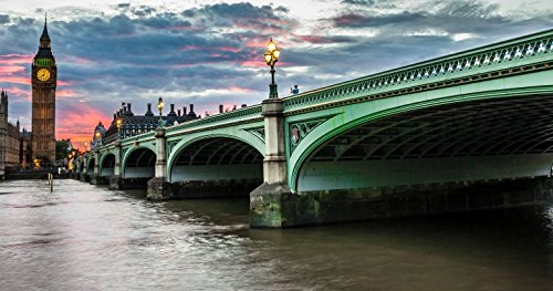 premier-lunch-cruise-on-the-thames-for-two-in-london-tinggly-voucher-gift-card-in-a-gift-box
