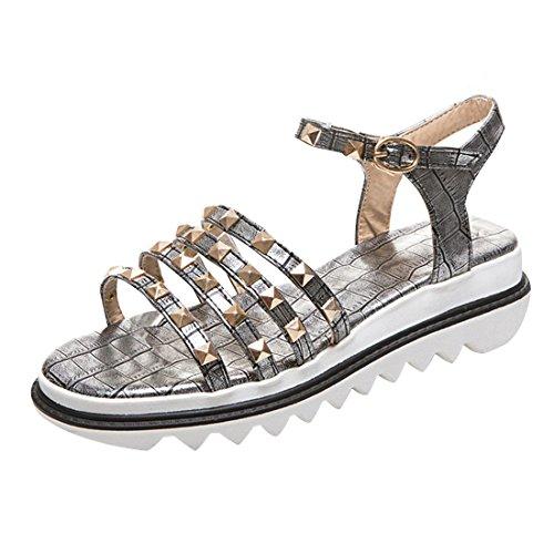 YE Damen Riemchen Flache Plateau Sandalen mit Schnalle und Nieten Bequem  Schuhe Silber 785f054759