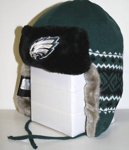 b45ac62b3edc6 Philadelphia Eagles New Era Team Trapper Knit Trooper Hat  Amazon.co.uk   Sports   Outdoors