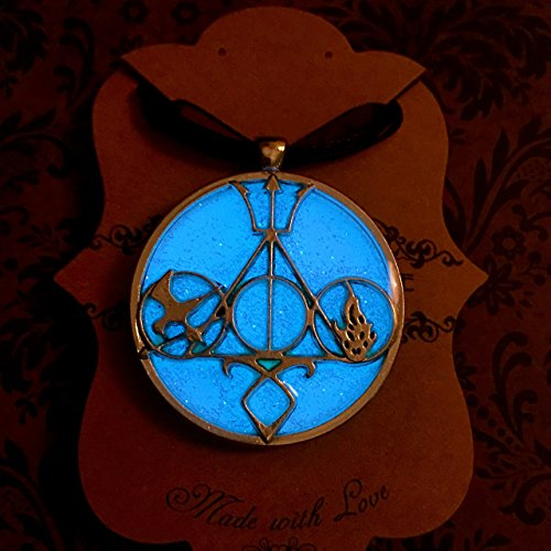Clary Shadowhunter Costume (Literary Fandom Glow In The Dark Pendant Necklace Featuring Your Favorite Book Series)