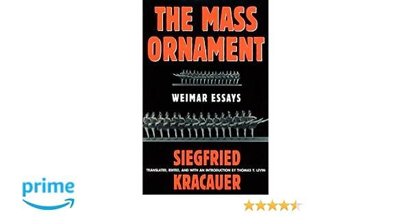 Essay mass ornament weimar
