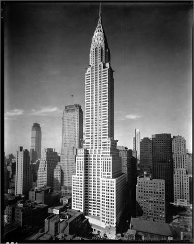The Chrysler Building Creating A New York Icon Day By David Stravitz Christopher Gray 9781568983547 Amazon Books