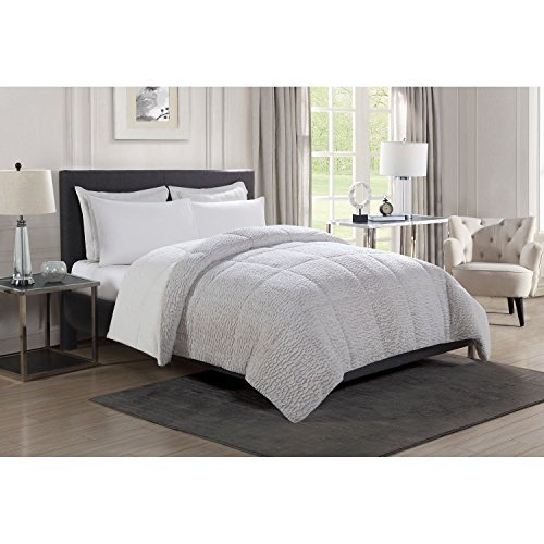 Christian Siriano Luxury Reversible Faux Fur Comforter - Queen by Christian Siriano