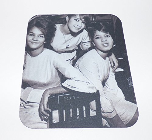 THE RONETTES Groupshot MOUSE PAD Ronnie Spector