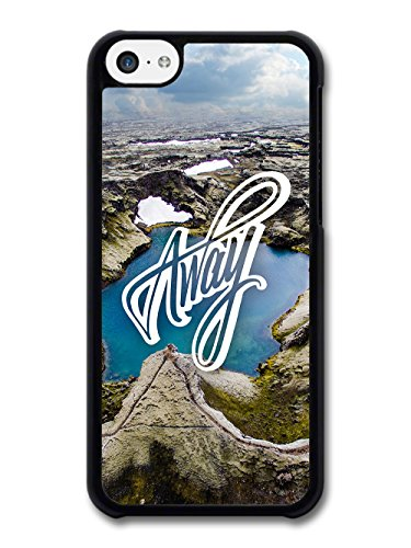 Away Travel Wanderlust Quote Typography with Beautiful Landscape coque pour iPhone 5C