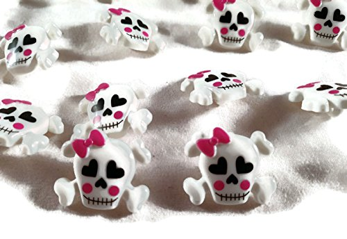 Blumenthal Lansing Company Skull Shaped Buttons for Arts Crafts & Sewing 18 -