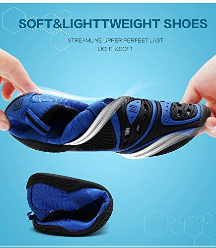 TRAUM-PAAR-Frauen Beleg auf athletischen Wasser-Schuhen Schwarzgrau