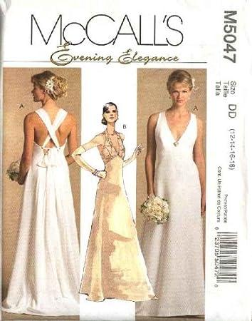 Amazon.de: McCall\'s Schnittmuster Hochzeitskleid 5047 für 12-18 ...