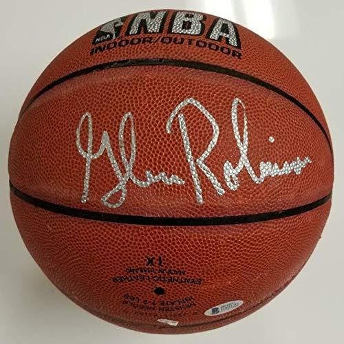 Glenn Robinson Autographed Basketball - I O Spalding ~Beckett BAS COA - Beckett Authentication - Autographed Basketballs ()