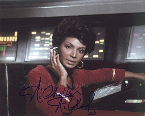 NICHELLE NICHOLS as Lt. Nyota Uhura - Star Trek GENUINE AUTOGRAPH