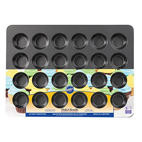 Wilton 2105-6966 24-Cup Perfect Results Mega Muffin Pan by Wilton (Image #1)