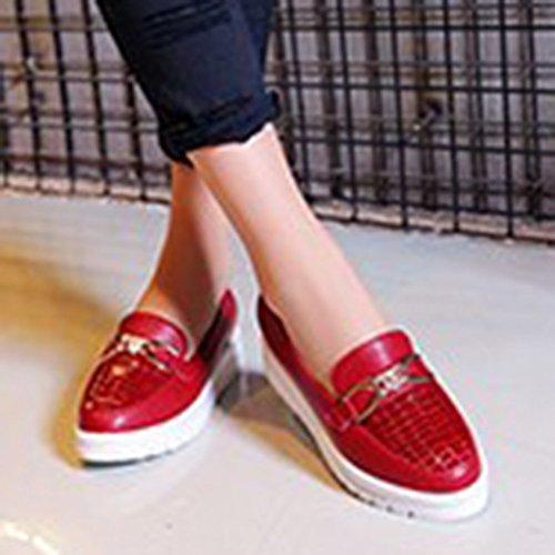 Aisun Womens Fashion Uformell Metall Rund Tå Midten Topper Slepe Eneste Plattform Flat Slip På Mote Joggesko Loafers Sko Røde