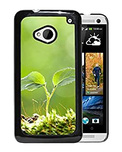 New Beautiful Custom Designed Cover Case For HTC ONE M7 With Vitality Plant Bud Macro Phone Case