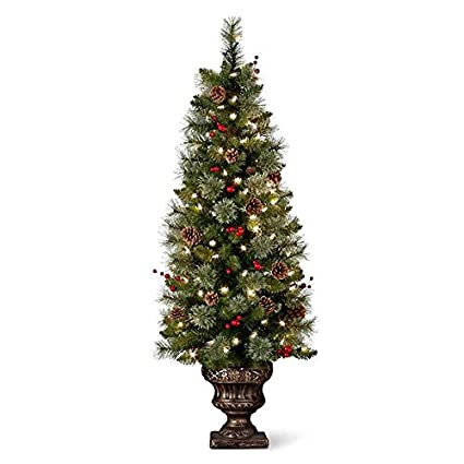 christmas entryway tree decor perfect for the holiday
