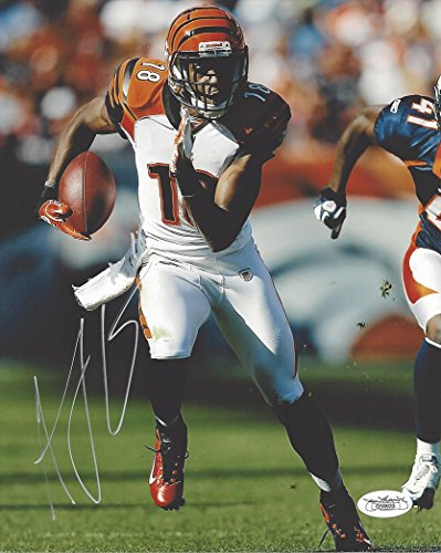 AUTOGRAPHED AJ Green #18 Cincinnati Bengals (NFL Wide Receiver) Rare Signed 8X10 Inch Glossy Football Photo with JSA COA (Photo Football Nfl)