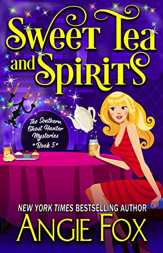 Sweet Tea and Spirits (Southern Ghost Hunter Book 5)]()