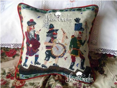 Wool Needlepoint Cover - New Royal Collection Robot Handmade Wool Needlepoint Cushion Cover/ Pillow Sham NP055