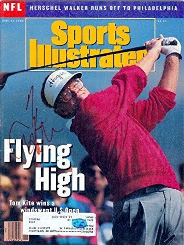 Signed Tom Kite Photograph - (Sports Illustrated Magazine - Autographed Golf Photos ()