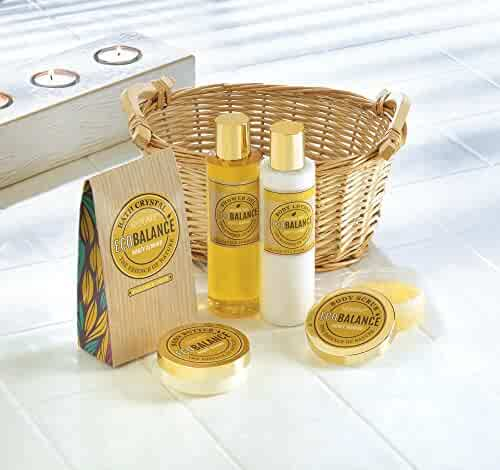 Birthday Gift Basket, Makeup Home Body Bath Spa Set For Women (honey Almond)