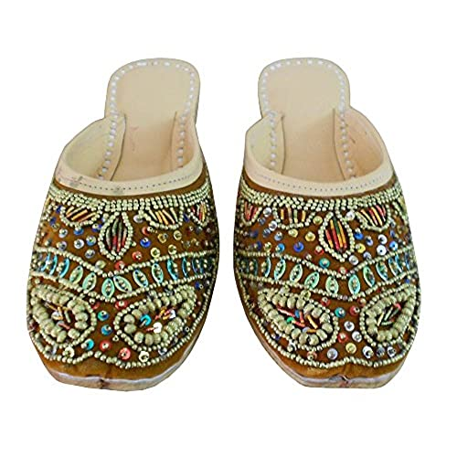 b2cb68a1a532 Kalra Creations Women s Traditional Indian Slippers Velvet With Sequence  Work Ethnic Flats
