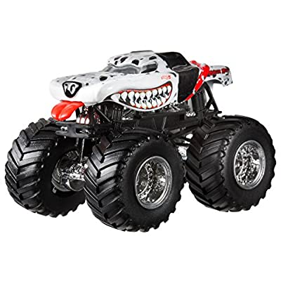 Hot Wheels Monster Jam Monster Mutt Dalmatian Die-Cast Vehicle, 1:24 Scale: Toys & Games