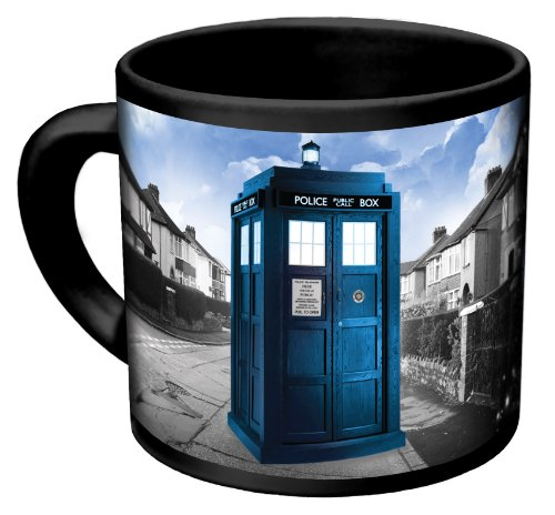 (Doctor Who - Disappearing TARDIS Coffee Mug - Add Hot Liquid and Watch The TARDIS Move From London to the Stars - Comes in a Fun Gift Box - by)