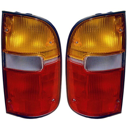 Toyota Tacoma 2/4WD 95-00 Tail Light Pair Set New
